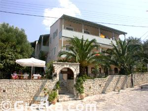 Hotel Agios Nikita, HOTEL NEFELI