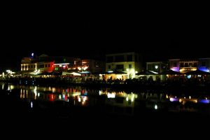 LEFKAS CITTA' BY NIGHT